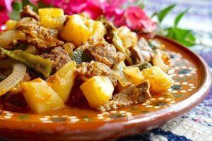ingredientes estofado de cola de res con chile poblano