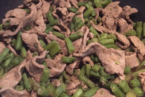 carne de res con ejotes preparación