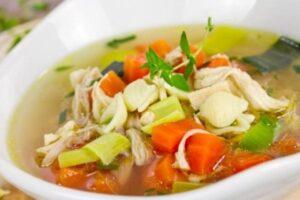 caldo de pollo con verduras ingredientes